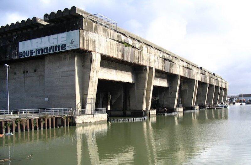La base sous-marine