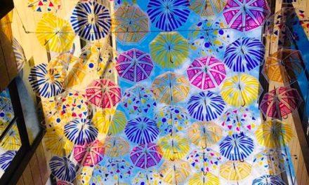 Les parapluies colorés de Bordeaux