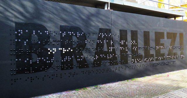 the-blind-streetart-bordeaux-confidentiel