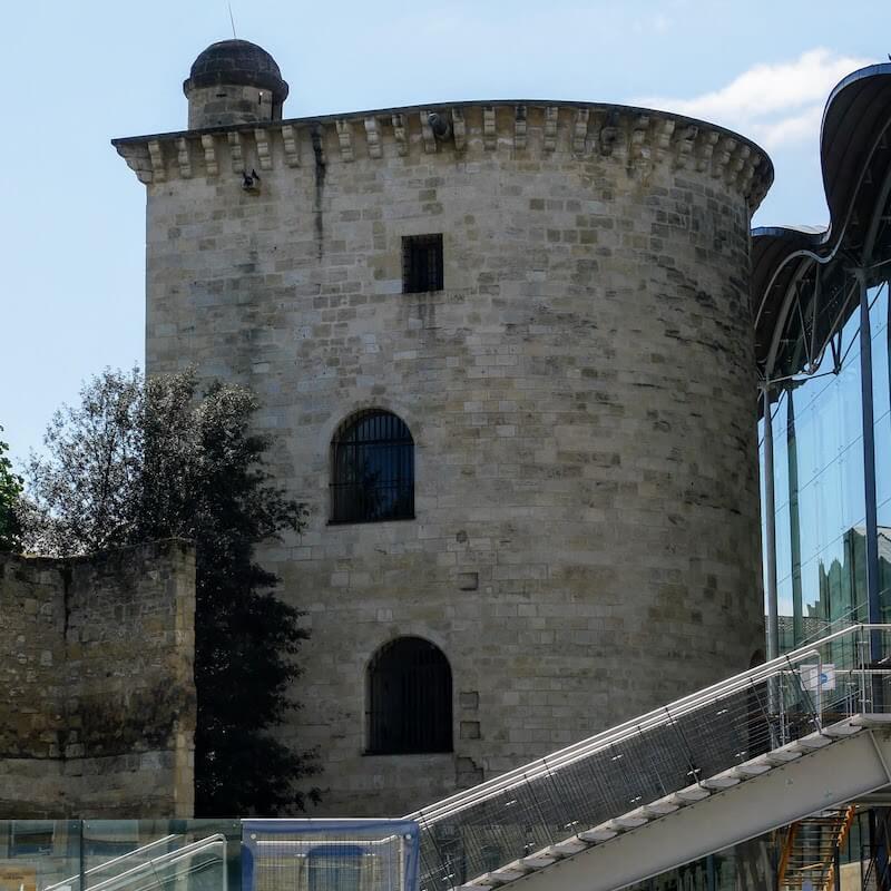 la tour des sorcières - les secrets de bordeaux - bordeaux confidentiel