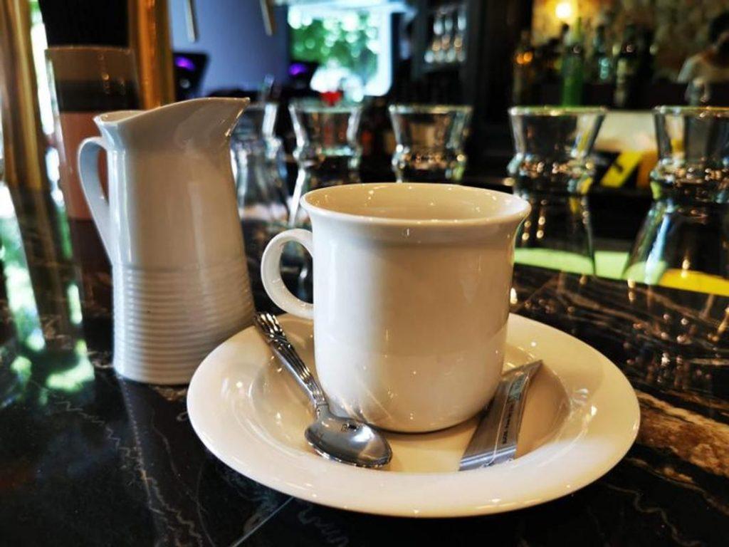 le petit café - bordeaux par bordeaux confidentiel